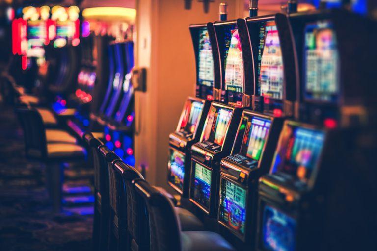 Tips to judge online slot machine